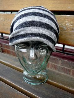 Unisex grey and black stripped toque.
