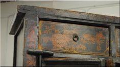 kézzel festett antik bútor