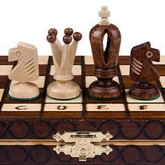 Differences between cheap and expensive chess sets: http://www.infobarrel.com/Differences_Between_Cheap_and_Expensive_Chess_Sets