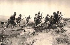 Kiwi's making a bayonet charge at the 'Sphynx', Gallipoli.