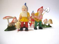 Retro Vintage Cake Topper Gnomes Mushrooms