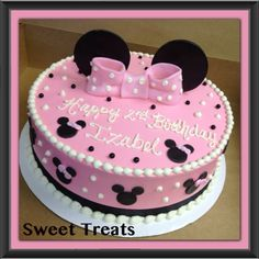 Sweet Treats by Jennifer Yeomans Christy, LLC: Minnie Mouse Birthday Cake Cake Paris, Minnie Mouse Birthday Cakes, Fiesta Cake, Birthday Fun, Birthday Ideas, Character Cakes, Disney Cakes, Cake Decorating Tips, Girl Cakes