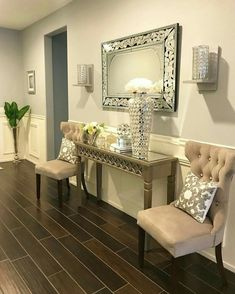 7 Excellent ideas: Small Living Room Remodel Colour livingroom remodel tips.Living Room Remodel Before And After Renovation living room remodel on a budget counter tops. Living Room Decor On A Budget, Living Room Remodel, Living Rooms, Home Renovation, Home Remodeling, Decoration Entree, Closet Remodel, Rustic Apartment, Hallway Decorating