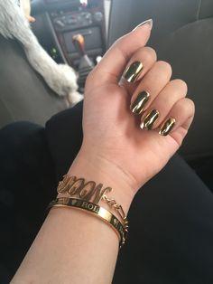 Metallic gold nails