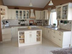 Kuchyně Country Chic, Shabby, Kitchen, House, Home Decor, Madeira, Kitchen Inspiration, Cooking, Homemade Home Decor