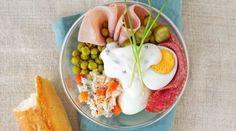Ruské vajce: Z domácich surovín chutí najlepšie Eggs, Breakfast, Food, Morning Coffee, Essen, Egg, Meals, Yemek, Egg As Food
