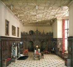 Thorne Minature Room -- English Great Room of the Late Tudor Period