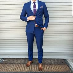 Pin by chris gartner on wedding in 2019 mens dress outfits, mens fashion su Mens Tailored Suits, Mens Casual Suits, Mens Suits, Mens Dress Outfits, Formal Men Outfit, Men Dress, Blue Suit Brown Shoes, Blue Suit Men, Best Mens Fashion