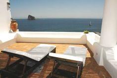 Villa Rocce Rosse - Panarea - #siciland #aeolian #island #eolie #panarea #sicily #travel #rocce #rosse #villa