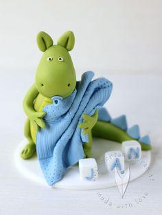 Drachen Baby Tortenfigur für die Taufe, Tauftorte oder als Geschenk zur Geburt Smurfs, Baby, Fictional Characters, Kite, Newborn Babies, Infant, Baby Baby, Doll, Babies