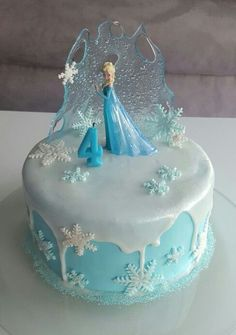 Eiskönigin Torte - Famous Last Words Frozen Themed Birthday Cake, Frozen Theme Cake, Frozen Themed Birthday Party, Disney Frozen Birthday, Frozen Birthday Cake, Birthday Cake Girls, Themed Cakes, Disney Frozen Cake, 4th Birthday