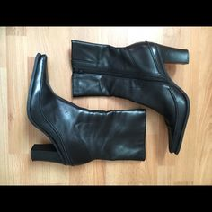 """DIBA Bettina Women's Ankle Boot Size 8M Sassy and stylish Pointed toe with blucher stitch 3"""" Heel Height Leather upper Color: black Made in Brazil very well made! great details Good Condition Diba Shoes Heeled Boots"""