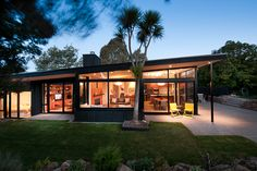 High ceiling / windows with black steel frame - New Zealand Institute of Architects - - - Local Architecture Awards
