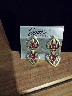 Check out this item in my Etsy shop https://www.etsy.com/listing/225051793/vintage-zales-spree-by-swarovski-ruby