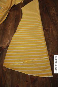OMMELLINEN: Kaulustunikaohje ja mieshousut :) Beach Mat, Outdoor Blanket, Tunic