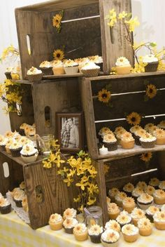 Have some sunflowers in your entire wedding party is really not a bad idea. Bright sunflower color can bring joy and ease the atmosphere around your wedding. It fits in with bright colors that you enter as Your wedding decorations.