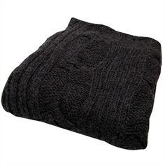 Mmmh, a warm and woolen plaid to snuggle into on the sofa for these cold winter days. Au Maison has a nice charcoal coloured version, but any big woolen piece will do!