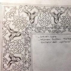 ASK I TEZHİP#tezhip #artdesign #artwork #artwork #art #butterfly #kelebek #illuminator #illustration #paiting #drawing #artdesign #artwork #workinprogress #istanbul #türkiye #islami#detay#kelebek#yeşil#altın#hat#hiç#besmele#rabbiyyesirvelatuassirrabbitemmimbilhayr #siparis#hilyeiserif#negatif#new#vav#klasiktezhip#altın#hediye#hizipgulu#kaftan Arabic Pattern, Pattern Art, Illumination Art, Arabesque Pattern, Persian Motifs, Islamic Patterns, Dot Art Painting, Turkish Art, Islamic Art Calligraphy