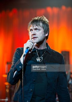 Tom Meighan of Kasabian performs at Album de la Semaine Show at Studio 104 on August 31, 2011 in Paris, France.