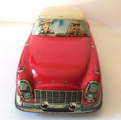 GIANT Rare 20 Inch MARX Tin Litho Family Sedan Toy Car
