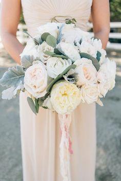Gallery: Al fresco rose wedding bouquet via Jenna Bechtholt - Deer Pearl Flowers