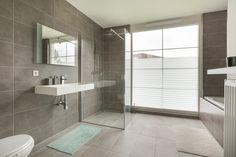 Chique badkamer met losstaand bad badkamer