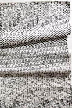 Ellos Home Matta Malin cm Svart/cremevit, Blå/cremevit - Bomulls- & trasmattor Graphic Illustration, Illustrations, Tie Clip, Printer, Weaving, Flooring, Rugs, Fabric, Koti