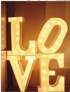 Letter lights - Wedding lights (centerpieces, big letters across the tables)