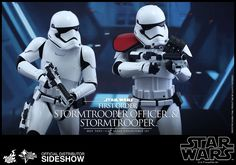 Star Wars First Order Stormtrooper Officer and Stormtrooper | Sideshow Collectibles
