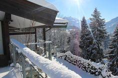 Ruhe & Idylle vor der eigenen Haustüre: Das Luxus-Chalet in Kitzbühel bietet auch im Winter eine Traum-Aussicht auf die Tiroler Bergwelt  #realestate