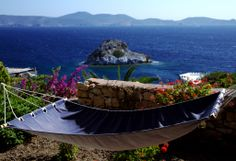 Celaeno - Watch the magnificent Aegean sunrise right from your balcony! Traditional House, Outdoor Furniture, Outdoor Decor, Villas, Balcony, Greece, Sunrise, Hotels, Island