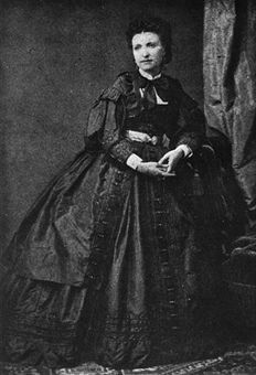 In 1850 Charles Frederick Worth choses Marie Vernet to present his designs to the fashionable Parisians.She is considered by many people to be the first professional fashion model