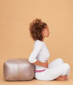 Based on the Tupler Technique, created by New York-based trainer and childbirth educator Julie Tupler, R.N., this unique series of exercises you can do at home will not only protect your back during day-to-day activities, it also will help shrink your belly.