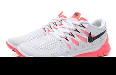 1fa9c3c7c4f63 Sports Nike running shoes so beautiful and exquisite