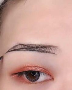 Makeup Eyebrow Makeup Tips, Eye Makeup Steps, Eye Makeup Brushes, Eyeshadow Makeup, Beauty Makeup, Hair Makeup, Korean Makeup Tutorial Natural, Korean Makeup Tutorials, Natural Makeup