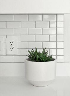 www.candystorecollective.com >> gainey ceramics modern pot