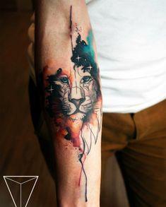 Tatuagem aquarela para homem leão