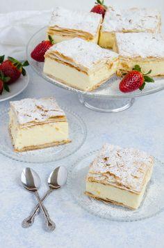 Cremsnit cu vanilie - Din secretele bucătăriei chinezești Food Cakes, Vanilla Cake, Feta, Camembert Cheese, Cake Recipes, Biscuits, Muffins, Cheesecake, Gluten