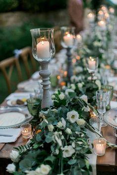 Olivo, eucalipto e lisiantus per uno splendido matrimonio Country