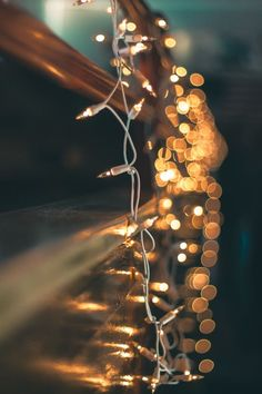 What is Bokeh? The Quick Way to Produce Beautiful Bokeh Photography Wallpaper Natal, Wallpaper Collage, Wallpaper Free, Lit Wallpaper, Aesthetic Iphone Wallpaper, Aesthetic Wallpapers, Winter Iphone Wallpaper, Iphone Hintegründe, Free Iphone