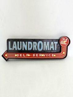 Laundromat Işıklı Pano