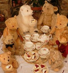 We are big hot tea drinkers and the kids love having their teddy bears join them for tea parties around the Christmas tree - Big Teddy Bear Tea Party !