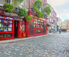 Dublin is a perfect weekend city to visit in the spring. The atmosphere in Dublin is relaxed but it has some wild and hectic nightlife The Places Youll Go, Places To See, Moving To Ireland, Work Abroad, Cool Countries, Ultimate Travel, Adventure Is Out There, Canada, Night Life