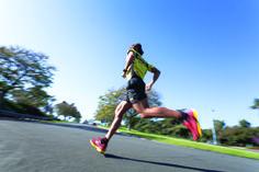Δίδαξε στο σώμα σου πως να επεξεργάζεται αποτελεσματικά το γαλακτικό οξύ με τις κατάλληλες προπονήσεις, και τρέξε πιο γρήγορα και πιο μακρυά