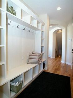 Making your mudroom perfect....  I'd love this for my laundry room or front hall!