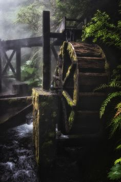 Water Wheel Power - A water wheel turns the energy of free-flowing water into power. Photo taken at Termas Geometricas hot springs and geothermal pools in Chile. Chile, Vitrier Paris, Old Grist Mill, Water Powers, Water Mill, Le Moulin, Covered Bridges, Renewable Energy, Malm