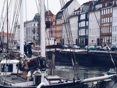 Die dänische Hauptstadt ist ein sehr beliebtes Ziel bei Mode- und Fahrradbegeisterten, doch auch wenn du dich nicht dazu zählst, wirst du Kopenhagen lieben!