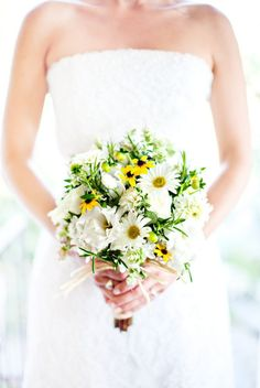 lovely daisy bouquet, I would just add sprigs of lavender