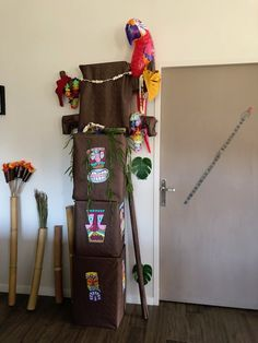 L' anniversaire Koh Lanta. Decoration, Ladder Decor, Animation, Birthday, Centre, Home Decor, Fun Activities, Adventurer, World