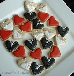 Wedding cookies - Mini bride and groom heart cookies with wedding color